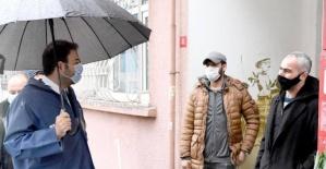 Başkan Akpolat , yağmur demeden çalışmalarını sürdürüyor