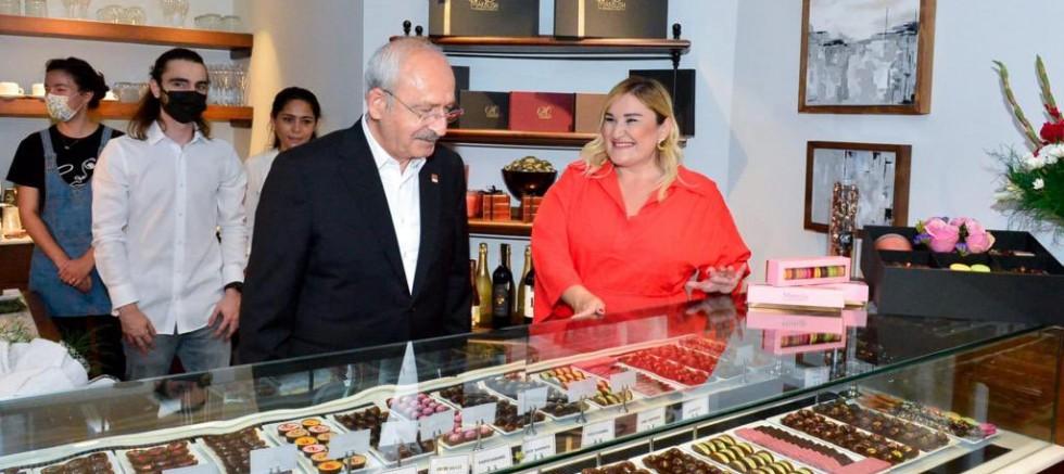 """Kılıçdaroğlu'ndan """"Makbush Chocolatier""""  ziyaret"""