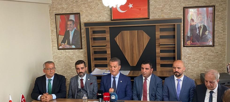 Mustafa Sarıgül,Sivas'da sert konuştu: Vatandaş perişan durumda!