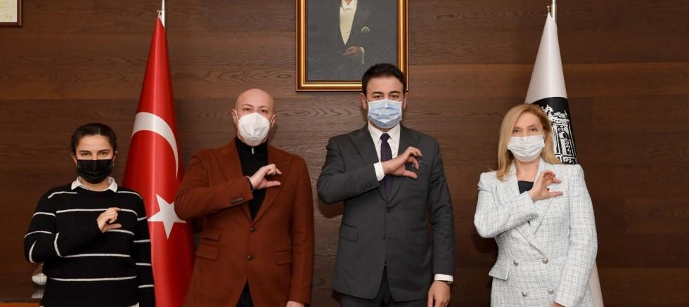 Yeşilay Beşiktaş Şubesinden Başkan Rıza Akpolat'a Ziyaret